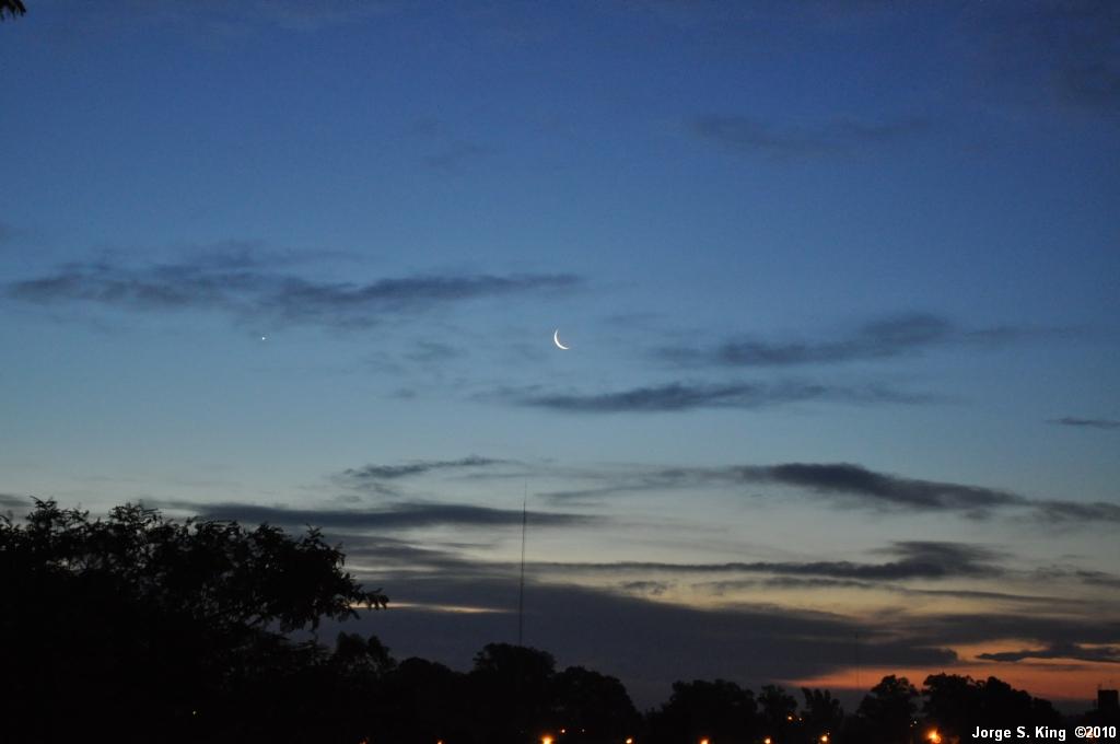 Luna nueva de Abril