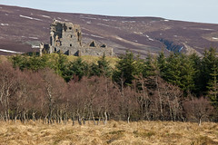 Approach to castle (Ploughman) Tags: aberdeenshire auchindoun