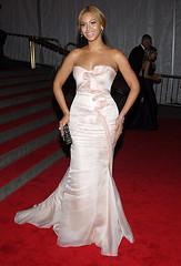 Beyonce Knowles (trudyann37) Tags: usa newyork smiling fulllength clutch pinkdress