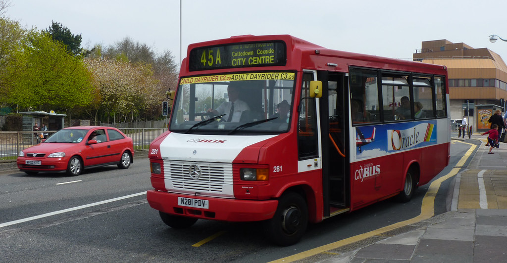 Plymouth Citybus 281 N281PDV