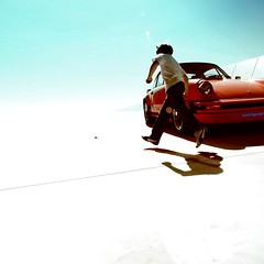 Porsche passion! (essichgurgn) Tags: blue red sky sun playing reflection car ferry museum volkswagen children toy design child play stuttgart 911 beetle icon spyder legendary turbo mans le ferdinand porsche sebring legend rs speedster 930 kfer kremer porsche911 996 356 550 993 997 964 butzi wagen kdf rsk zuffenhausen gmodell gmodel alxander