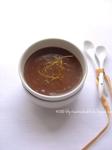 Mousse di cioccolato al caramello salato
