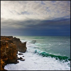 Costa de Peniche (Pilar Azaa Taln ) Tags: sea costa portugal coast mar cliffs peniche acantilados abigfave worldwidelandscapes thesuperbmasterpiece natureselegantshots 100commentgroup pilarazaa