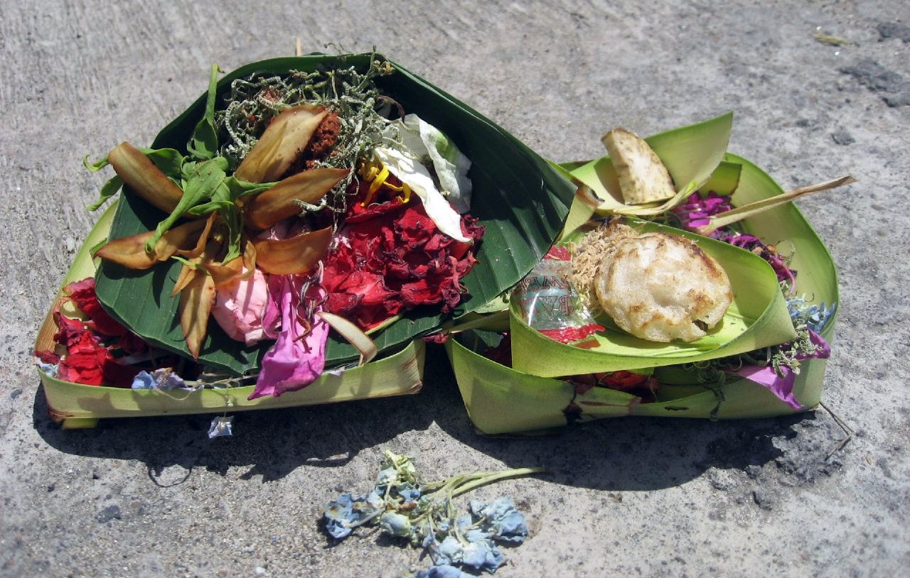 Balinese offerings to the Gods include fresh flowers, food, and incense.