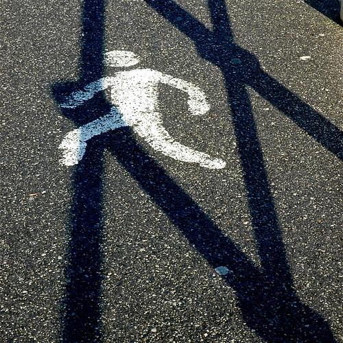 la huida o el saltador de vallas by eMecHe