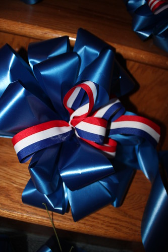 Mailbox bows
