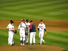 Conference with Gardy on the mound (rburtzel) Tags: park justin game home field grass minnesota night real lights evening punto twins texas baseball outdoor stadium nick minneapolis joe visit ron tc target mound rangers mn substitution pitching mauer mlb gardenhire twinsbaseball morneau