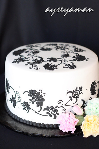 Black and White Engagement Cakes