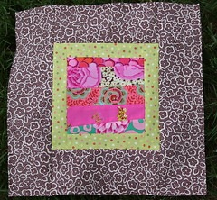 3x6 Bee Block for Lizzi Whizz