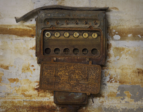 pixel sculptor, patrick thomas i am old fuse box old fuse box for sale old fuse box