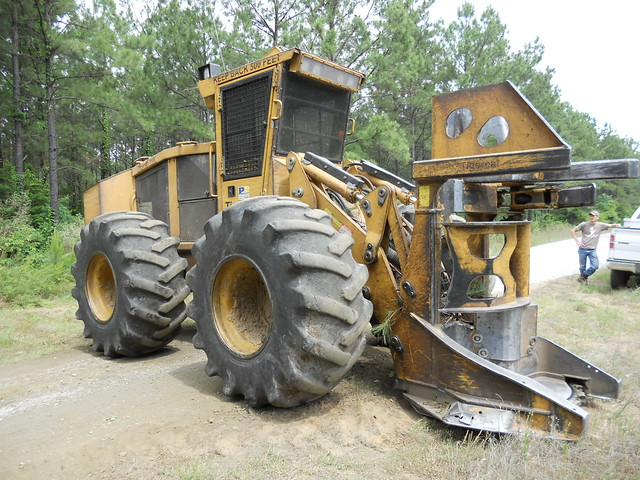 2008 Tigercat 718E Fellerbuncher with 5700 Sawhead for Sale by Forestry First