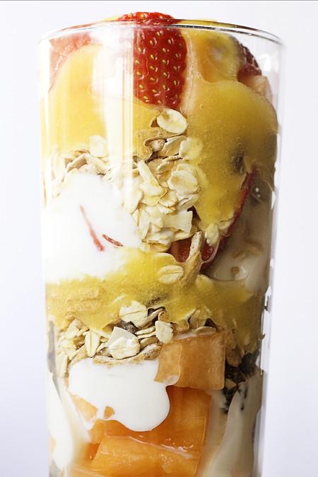 Apricot Syrup Brekkie Parfait (5)