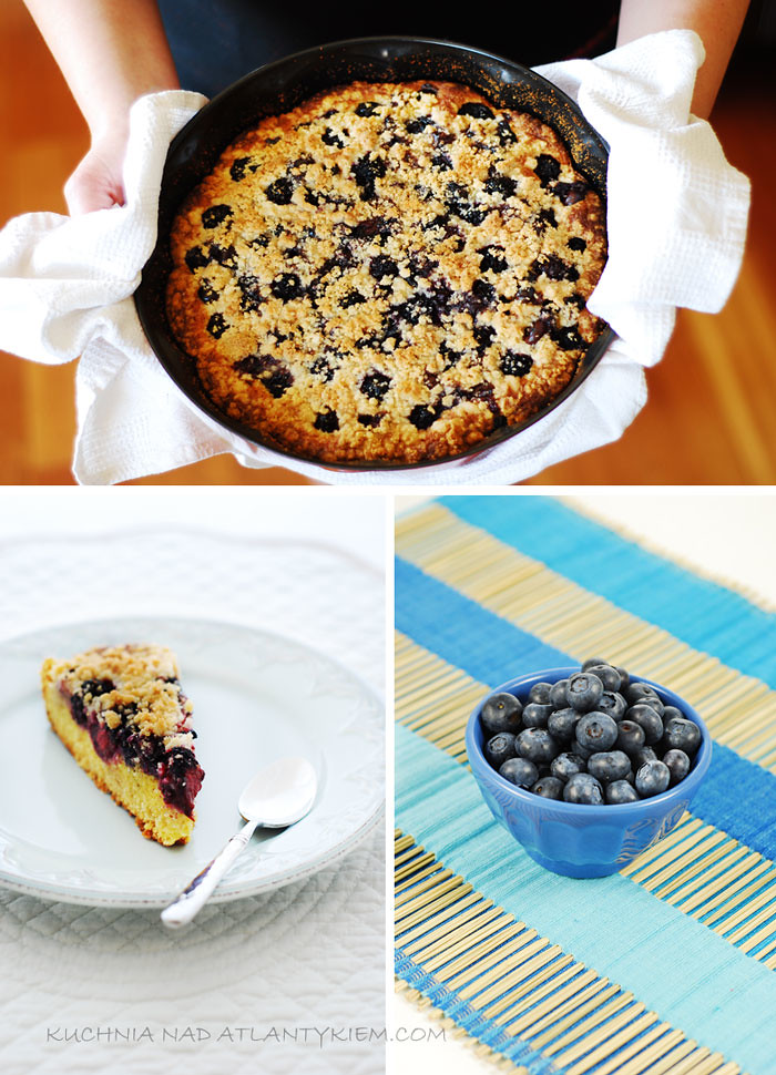Bluberry & Blackberry Streusel Cake