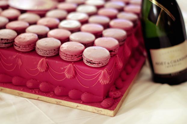 Ladurée cake