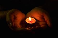 262/365 - Happy Diwali! (aebphoto) Tags: hands candle flame candlelight diwali festivities deepavali candleflame odt canon50mm happydiwali project365 fesitvaloflights happydeepavali november52010