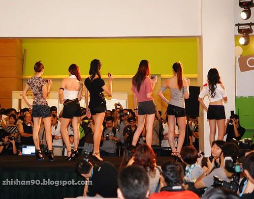 Chee Li Kee modeling (6)