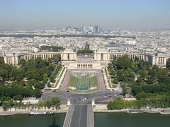 Paris (Spiterman) Tags: bridge paris france sony jardin esplanade capitale tours défense trocadéro nationsunies dsch5 spiterman