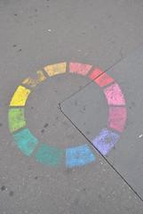 Arnaud Crassat (emilyD98) Tags: arnaud crassat stencil pochoir street art insolite paris sol trottoir 75005 5 ème institut du monde arabecolours pantonier couleurs cercle circle arc en ciel rainbow