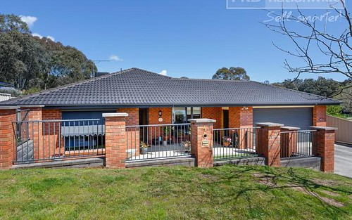 4 Green Street, Tumut NSW 2720
