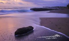 The silky waves (ツMaaar) Tags: bali beach exposureslow beachsea img0818 sunsetmagic pererenan pererenanbeach sunsetreflectionpantai pererenanlight hoursmoment rockslong shutterwavebali wavessurfer