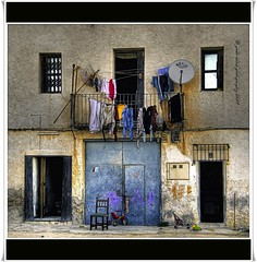 La casa (Pablo Arias) Tags: friends espaa amigos spain colours colores smrgsbord composicin villajoyosa nikond300 fractalius greatmanipulart grouptripod pabloarias kddsflickr