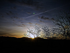 Ultima alba del 2009...Last sunrise of 2009 (Aram55 l'Etrusco) Tags: best soe anawesomeshot naturethroughthelens kunstplatzlinternational