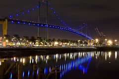 Vincent Thomas Bridge, Los Angeles (Giovanni Gori) Tags: california longexposure sea urban water night landscape pier losangeles nikon scenery mare porto reflexion metropolitan paesaggio sanpedro citt feelsgood vincentthomasbridge metropoli d700 nikkor2470mmf28g allflickrpictures giovannigori