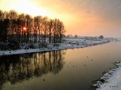 sunset on a cold afternoon (Jeanne Kliemesch) Tags: winter sunset nature landscape nikon jeanne berkel eibergen hongkongphotos berkelland theunforgettablepictures tup2 nikoncoolpixp80 nikonp80 vanagram capturethefinest updatecollection