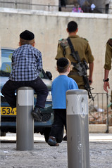 Life in Israel (yuyu418) Tags: boy boys israel little jerusalem domeoftherock holy jew jewish littleboy holyland oldcity youngboy 972
