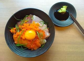 Sashimi Over Rice @ 魚丰魚丰