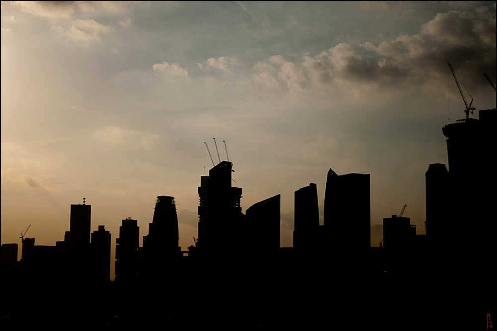 Silhouette (Buildings)