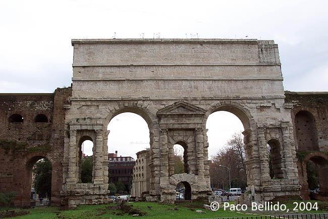 Porta Maggiore y tumba de Eurysaces. © Paco Bellido, 2004