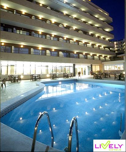 Martinique Apartments Magaluf. Ness beach club, magaluf,