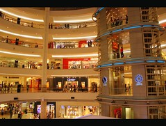 Shopping Paradise (stardex) Tags: building canon mall shopping lights malaysia kualalumpur deco kl klcc suria achiteture stardex