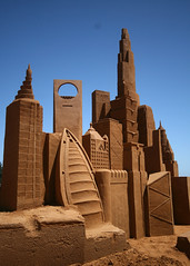 Buildings of the World (EmilyFiggis) Tags: history beach children boat sand sailing scuplture sandcastle sandsculpture frankston forefathers scuplting sandscuplture sandsculpting buildingsoftheworld sandsculpt greatestmomentsinhistory