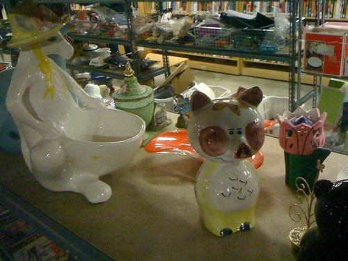 pigs and kangaroos (fillmore goodwill) - 13
