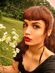DSC02700 (Hawkeye_Pippi (Melissa Eve)) Tags: flowers grass spring redlips freckles selfshot selfshotseptum