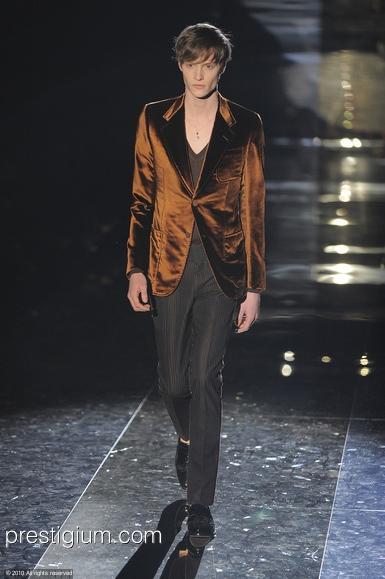 Matthew Hitt3135_FW10_Milan_Gucci(prestigium com)