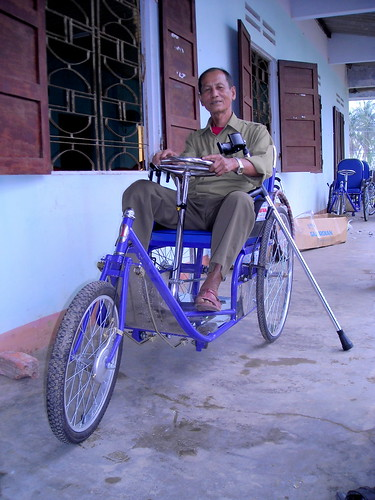 New Pump-Action Carts for the Disabled People of Nui Thanh, Vietnam