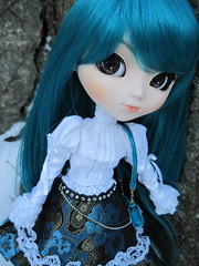 ADAW 6/52 Teal Tessa (miss_skittlekitty) Tags: outside photography doll afternoon dal pullip custom mitzi cornice kirsche mymelody hangry taeyang rewigged drta rechipped catcraig