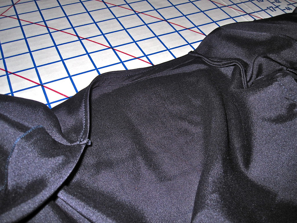Back Neckline Bias Finish