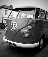 VW (2E0MCA) Tags: car vw canon volkswagen blackwhite transport van camper caravanette eos40d