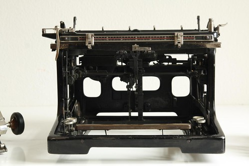 Mercedes No.5 typewriter 4/13