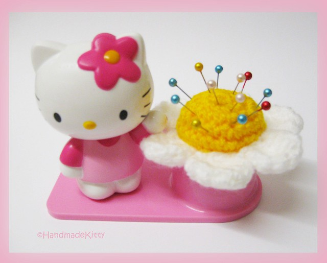 How to Crochet Japanese Hello Kitty | eHow.com