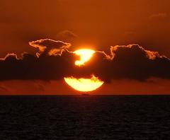 Sunset on me (Freddy Adams) Tags: sunset sea clouds lights boat nikon barca tramonto nuvole mare ship dusk luci sole d90 aforisma manfrediadamo freddyadams
