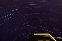 House Trail 2 (Harry W.) Tags: longexposure nightphotography stars star hull startrail