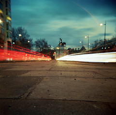 Park Lane, by Hyde Park Corner (Anatoleya) Tags: park london 120 6x6 bulb corner square holga long exposure hyde lane 160vc portra holgagraphy 120gcfn anatoleya