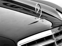 German Engineering (frankieleon) Tags: auto blackandwhite bw car mercedes interestingness interesting automobile bestof symbol engineering grill cc german mercedesbenz creativecommons hood popular frankieleon