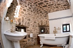 Château de la Caze : baignoire (Gorges du Tarn et Causses)
