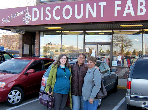Boston Fabric Shopping: Sew-Fisticated Discount Fabrics